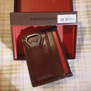 Mens Baekgaard's Slim Wallet With Bottle Openor